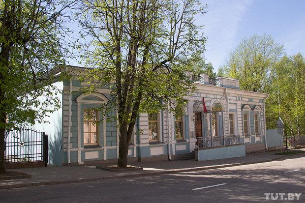 ulica_chekhova_vitebsk_14_15
